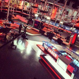 TV stüdyosu kurulumu